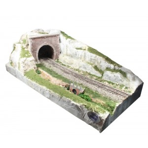 "Adt Costruzioni Diorama espositivo ""Galleria"" scala H0-1:87 50x22x16cm"