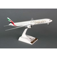 Sky Marks SKR727 Fly Emirates Boeing 777-300 (1:200 scale)