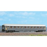 Acme 16100 Carrozza Fs UIC X carenata di 2°classe (N-1:160)