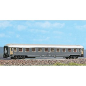 Acme 16100 Carrozza Fs UIC X carenata di 1°classe (N-1:160)