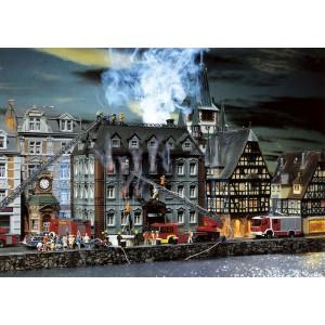 Faller 130441 Palazzo di città in fiamme H0-1:87