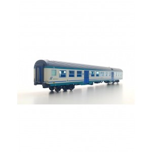 Vitrains 3242 Carrozza MDVC 2°classe livrea xmpr